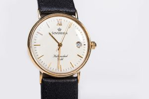 sovereign hallmarked gold watch
